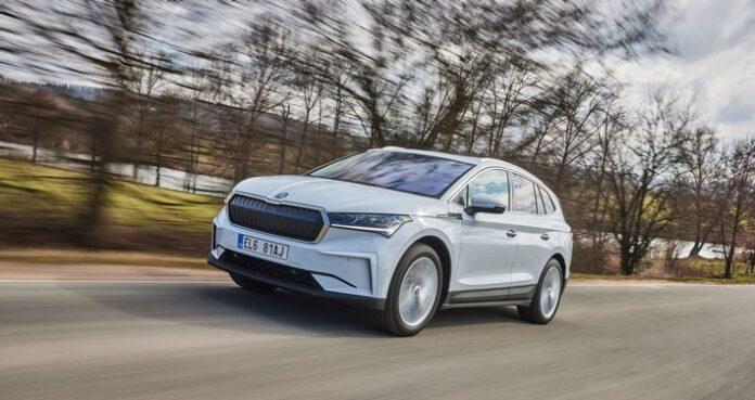 image 1 153 696x369 - Höchste Sicherheit: Elektrofahrzeuge von ŠKODA genauso sicher wie Modelle mit Verbrennungsmotoren