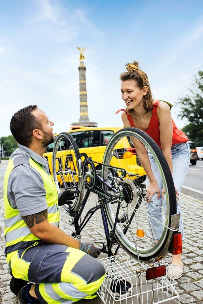 image 1 72 696x1043 - ADAC startet Pannenhilfe für Fahrräder / Gelbe Engel testen neuen Service ab sofort im Rahmen eines Pilotprojekts in Berlin und Brandenburg