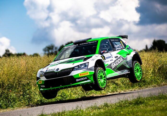 image 1 78 696x483 - Jan Kopecký feiert mit Sieg bei der Bohemia Rallye 120-jähriges Jubiläum von ŠKODA im Motorsport