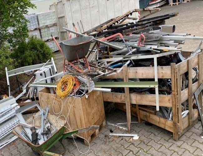 image 1 64 - mobiler Schrotthändler Oberhausen sind wir täglich im Ruhrgebiet Altmetall-Entsorgung
