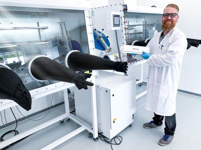 image 1 200 696x522 - Blackstone Resources AG eröffnet eines der modernsten Entwicklungslabore für die Batterietechnik