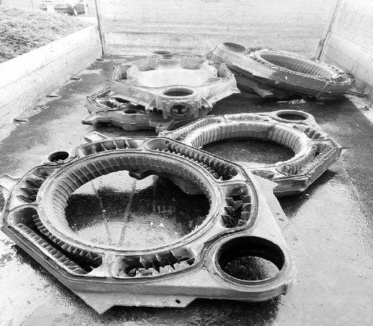 image 1 231 - Schrotthändler in Iserlohn: Demontage von Maschinen und Heizkörpern
